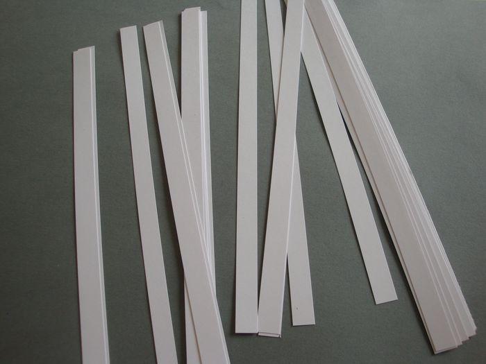 graphisme-maternelle-la-ligne-horizontale-lignes-horizontales-bandes-de-papier-simples-02